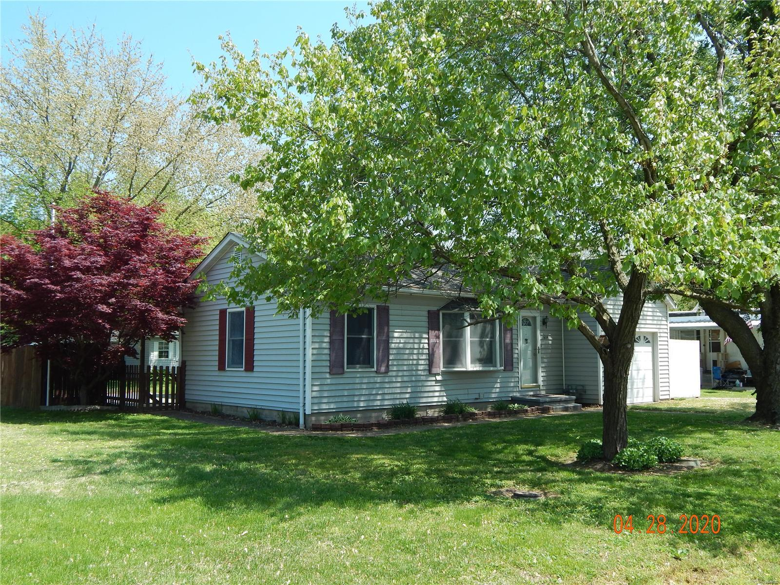 604 Middle Street Property Photo - Prairie Du Rocher, IL real estate listing