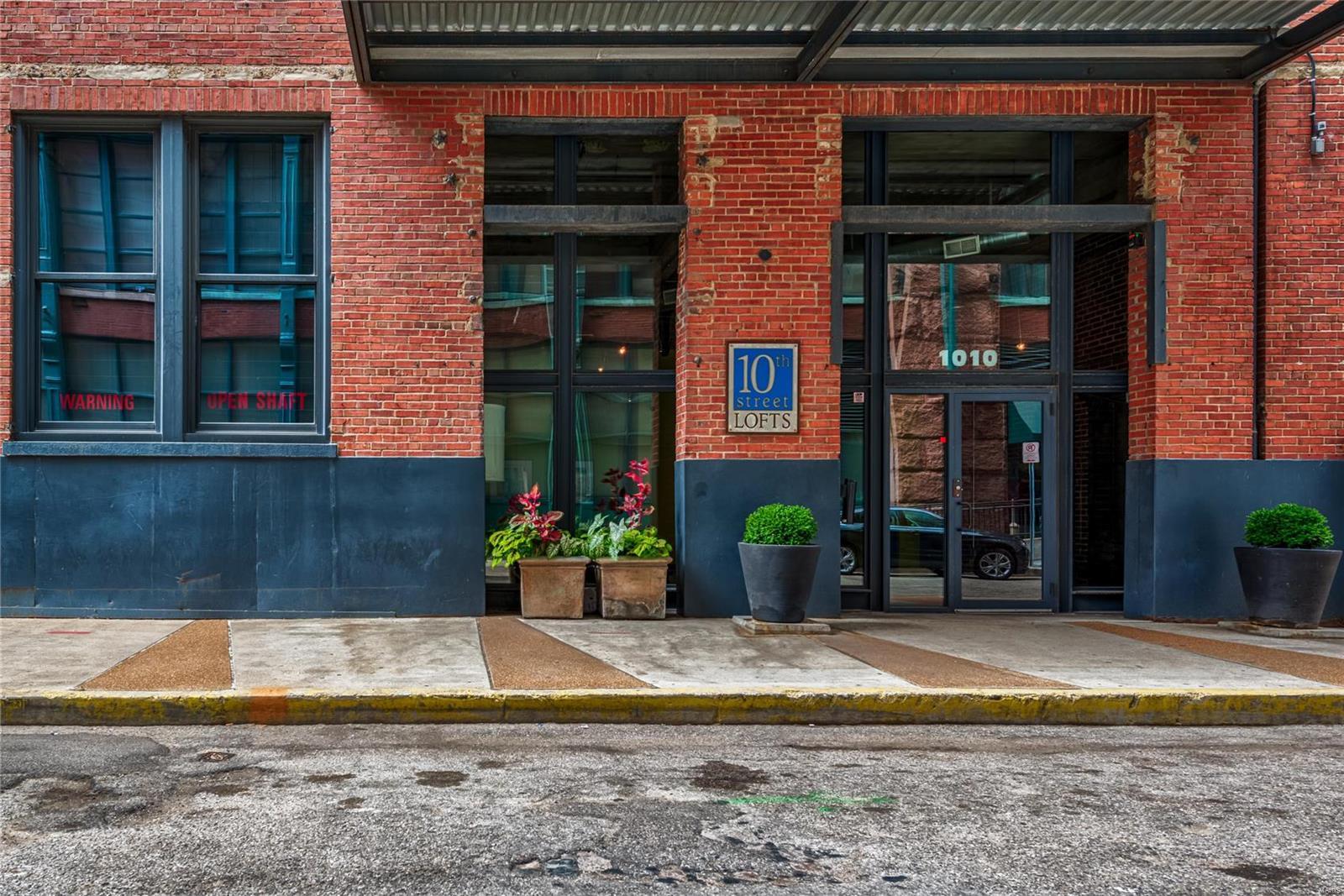 1010 Saint Charles Street #504 Property Photo - St Louis, MO real estate listing