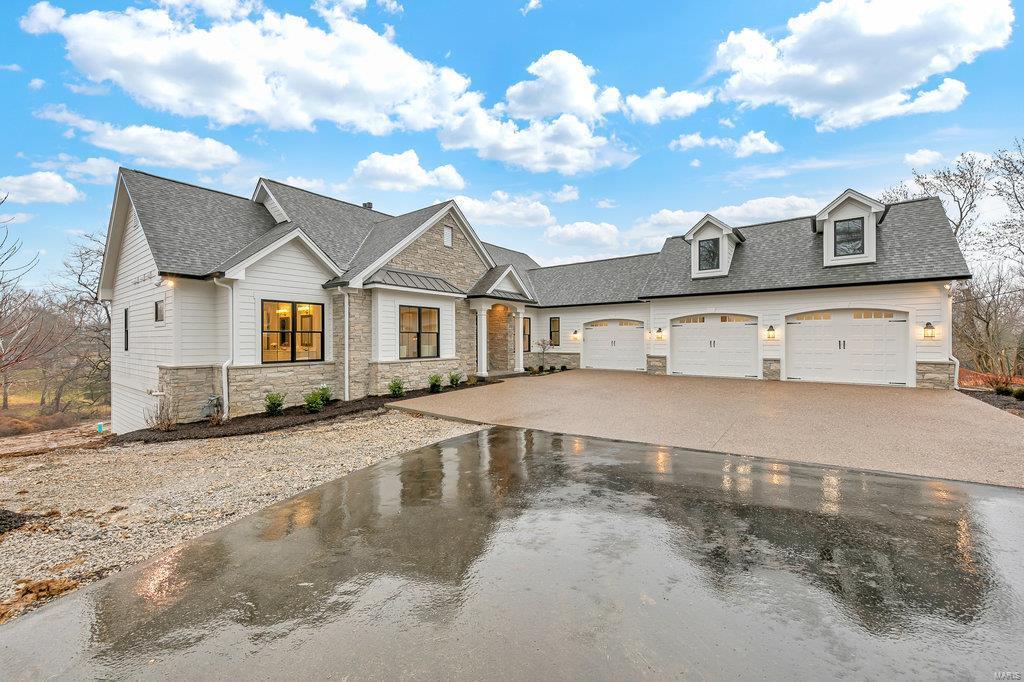480 North Warson Road Property Photo