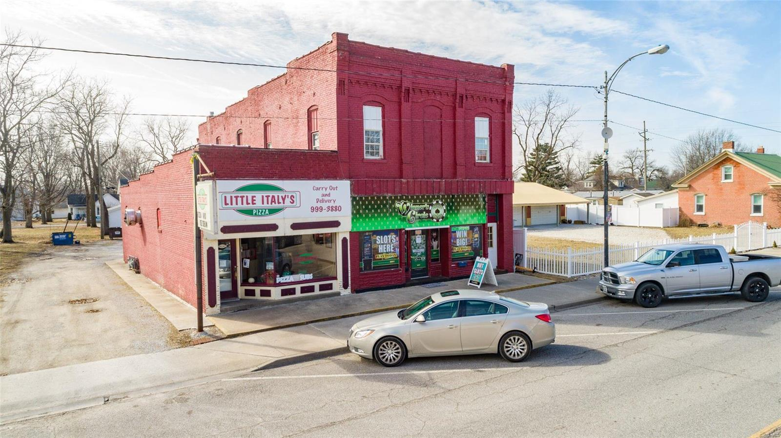 110 West Main Street Property Photo - Mount Olive, IL real estate listing