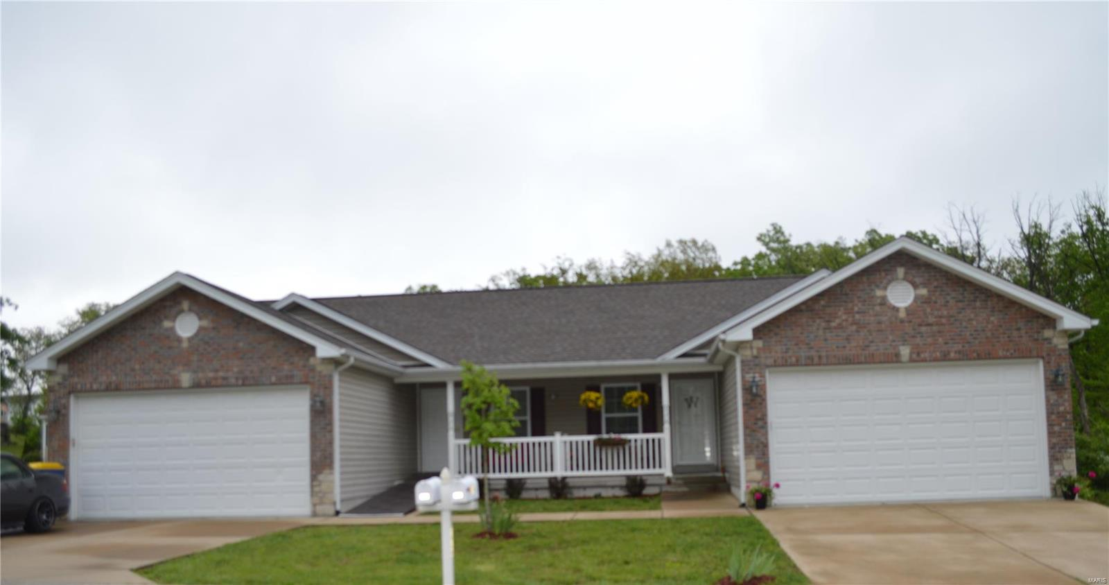 578 Bluebird Blvd Property Photo - St Clair, MO real estate listing