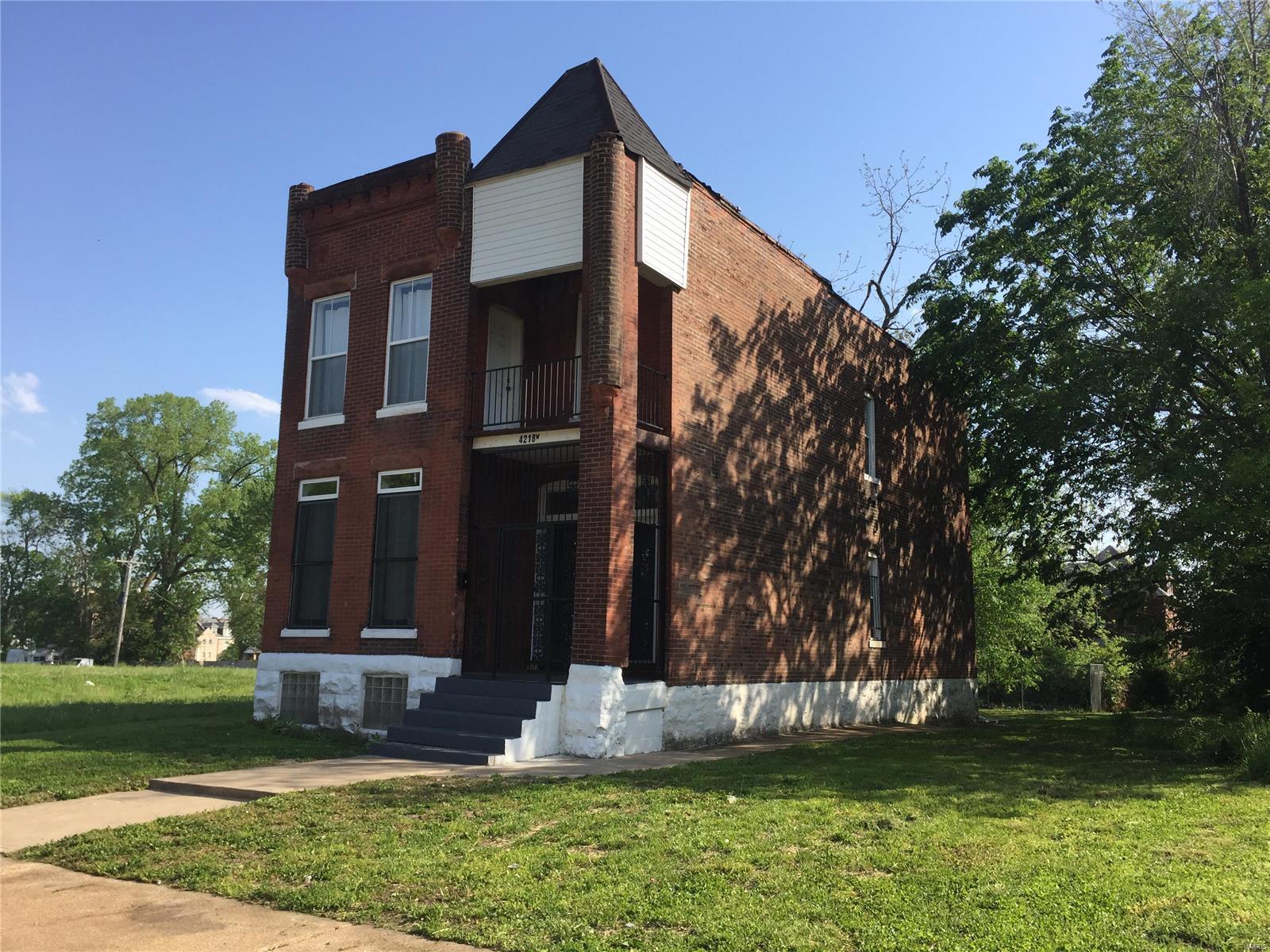 4218 W Evans Avenue Property Photo - St Louis, MO real estate listing