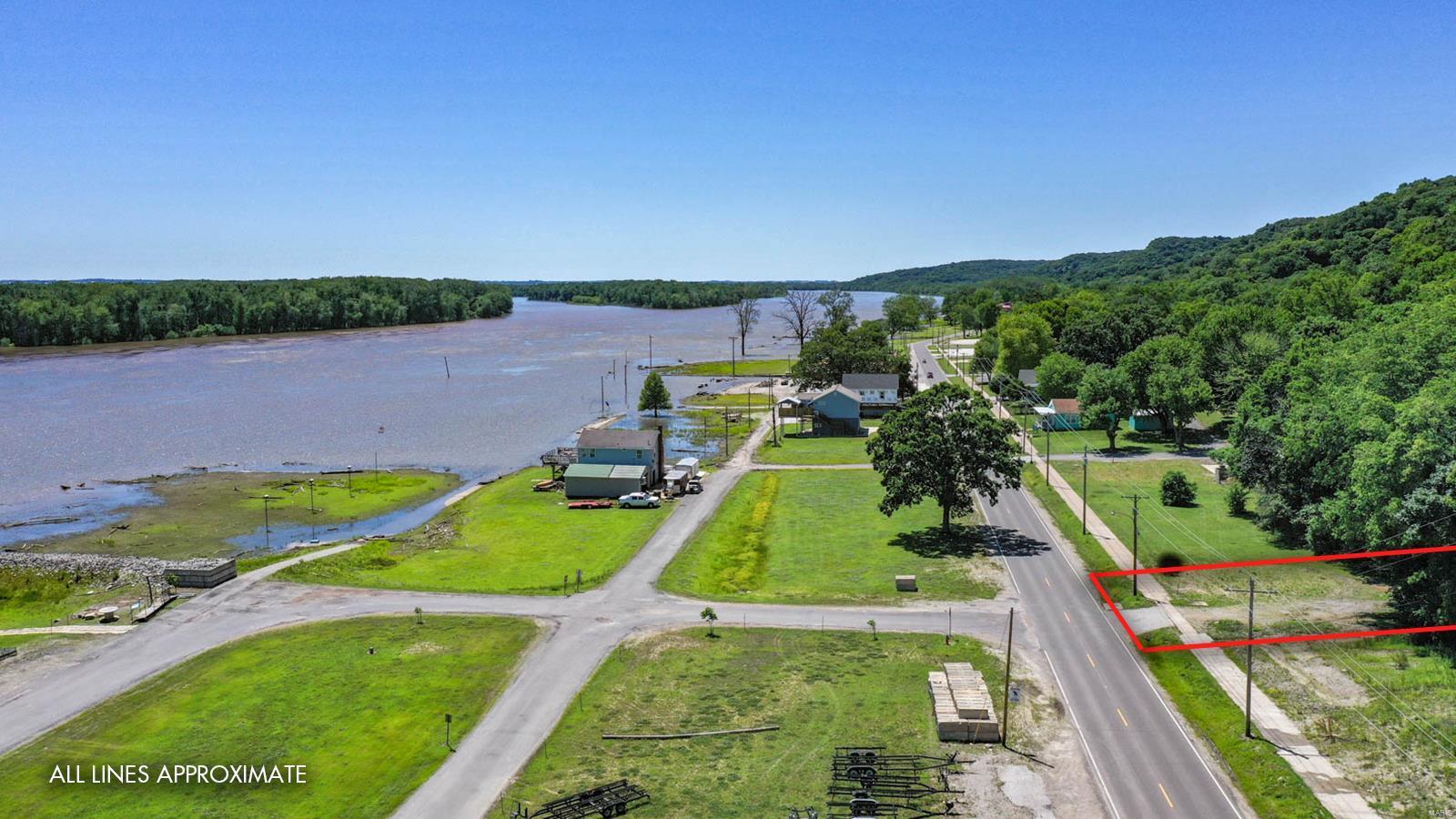 600 W Main Street Property Photo - Grafton, IL real estate listing