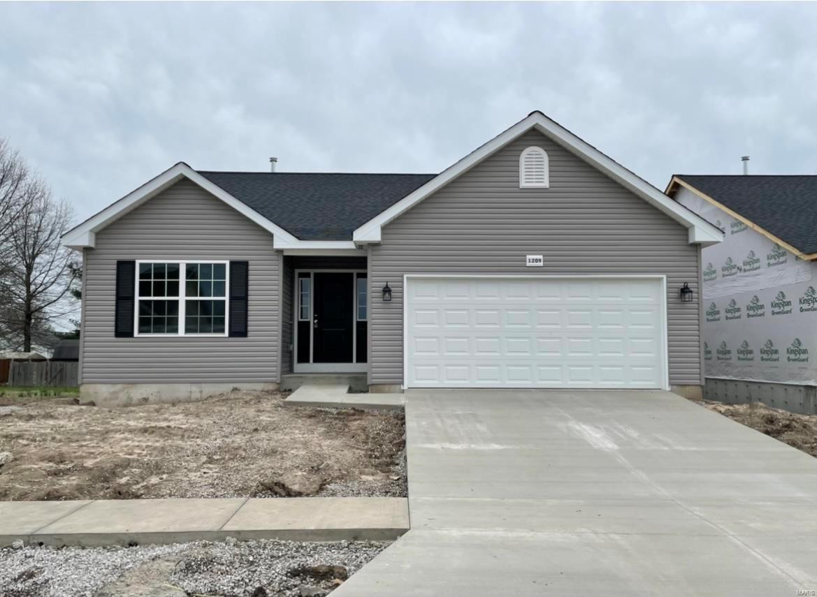 1209 Lear Lane Property Photo - Mascoutah, IL real estate listing
