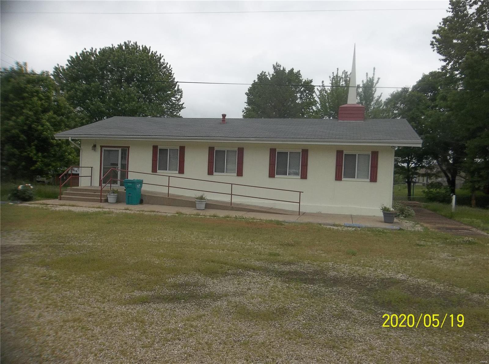 611 W Lincoln Drive Property Photo - Gerald, MO real estate listing