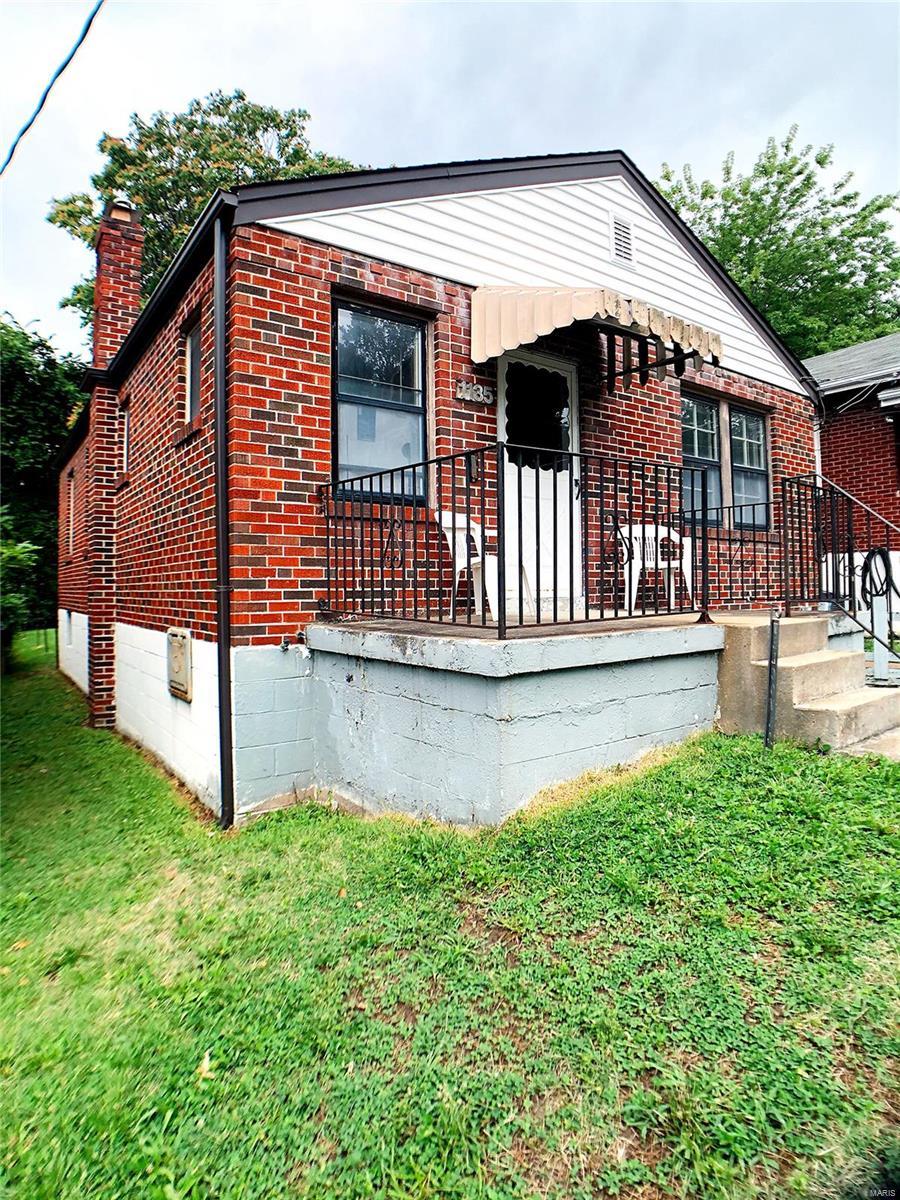 1135 Backer Street Property Photo