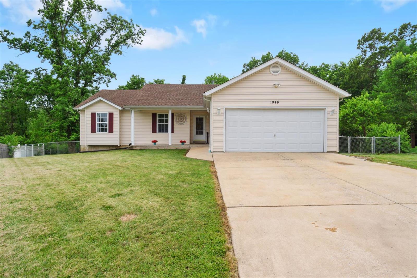 1048 Huntington Drive Property Photo