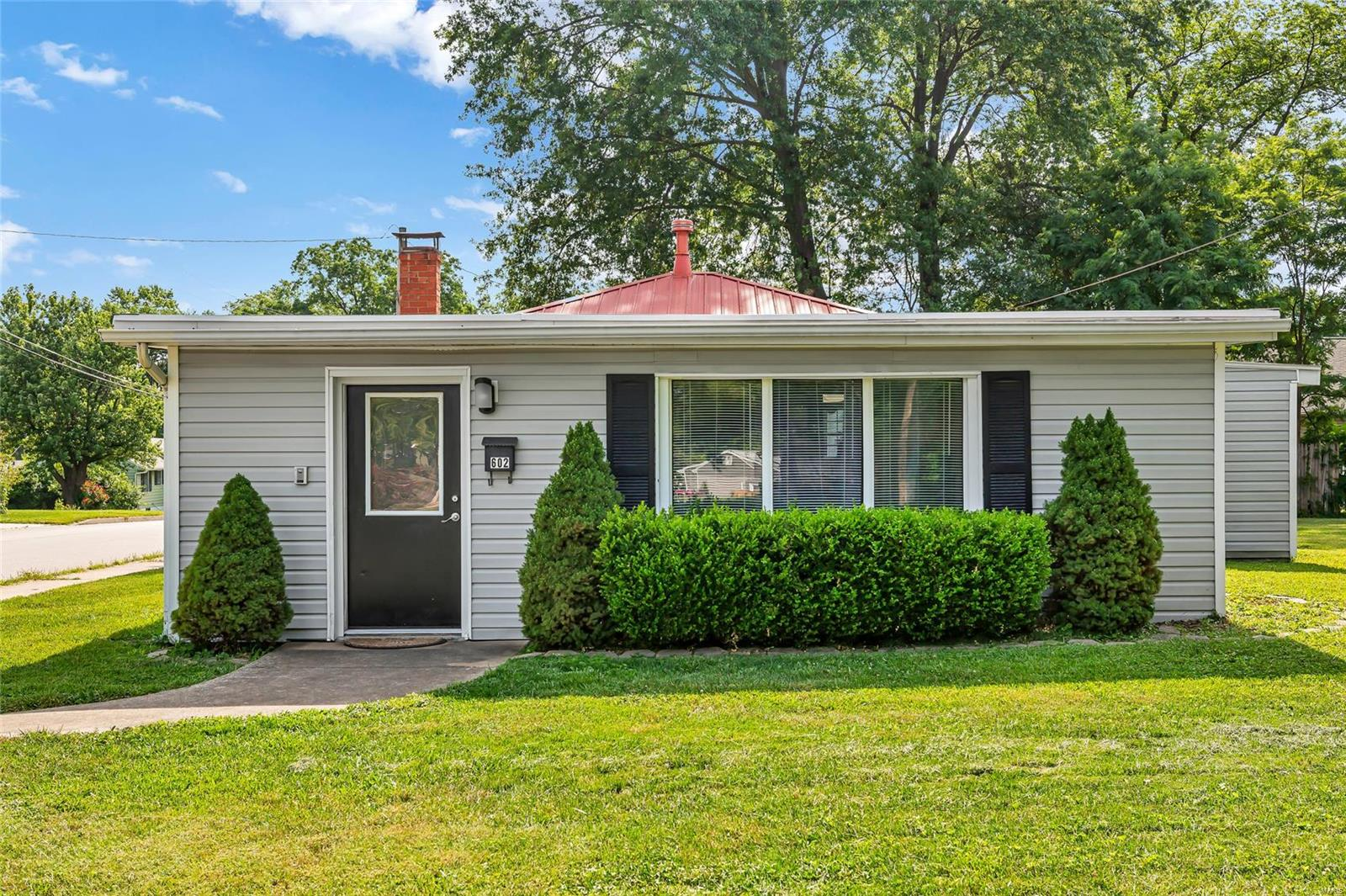 602 Westhoff Avenue Property Photo