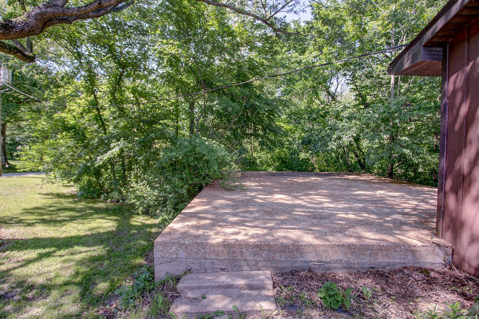 11638 Hickory Flat Road Property Photo - Highland, IL real estate listing