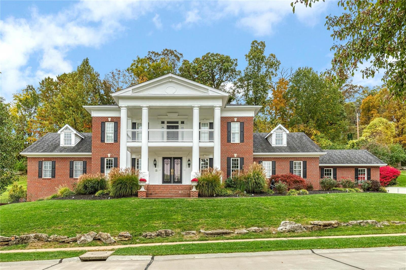 928 Summerset Parc Lane Property Photo - Fenton, MO real estate listing