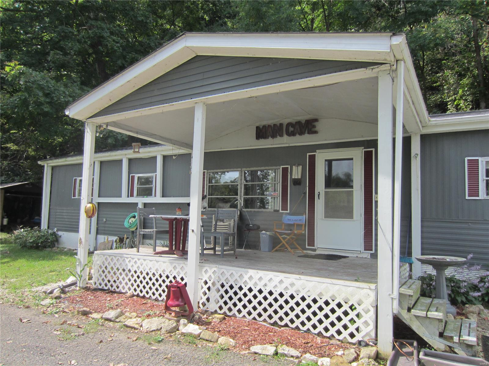 798 N Broadway Property Photo - Kampsville, IL real estate listing