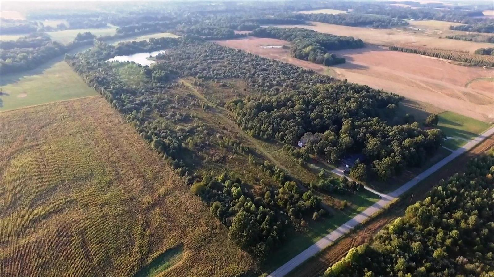 7099 Campbell's Corner Road Property Photo - Mcleansboro, IL real estate listing