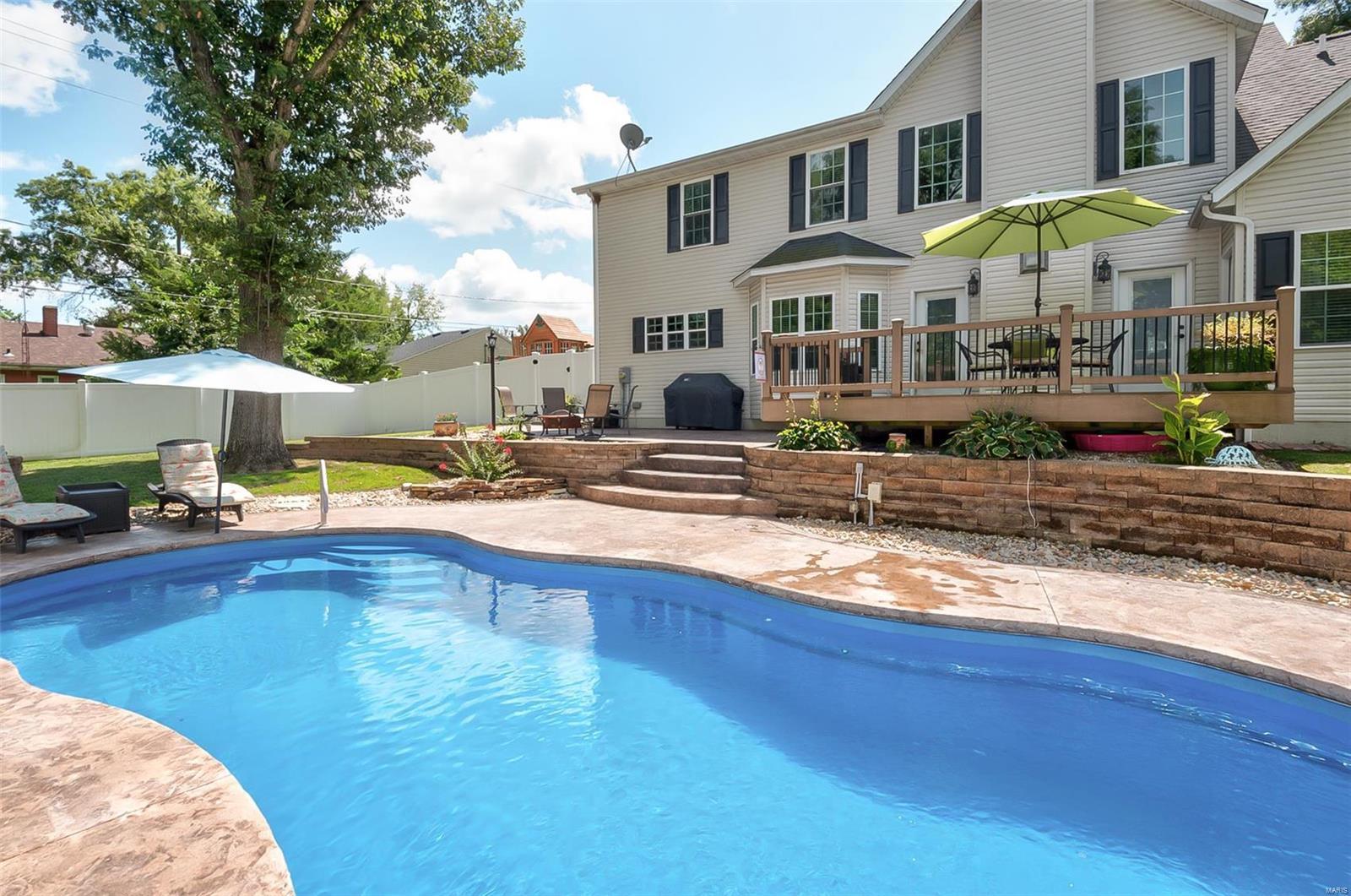 569 W Hill Street Property Photo - Nashville, IL real estate listing