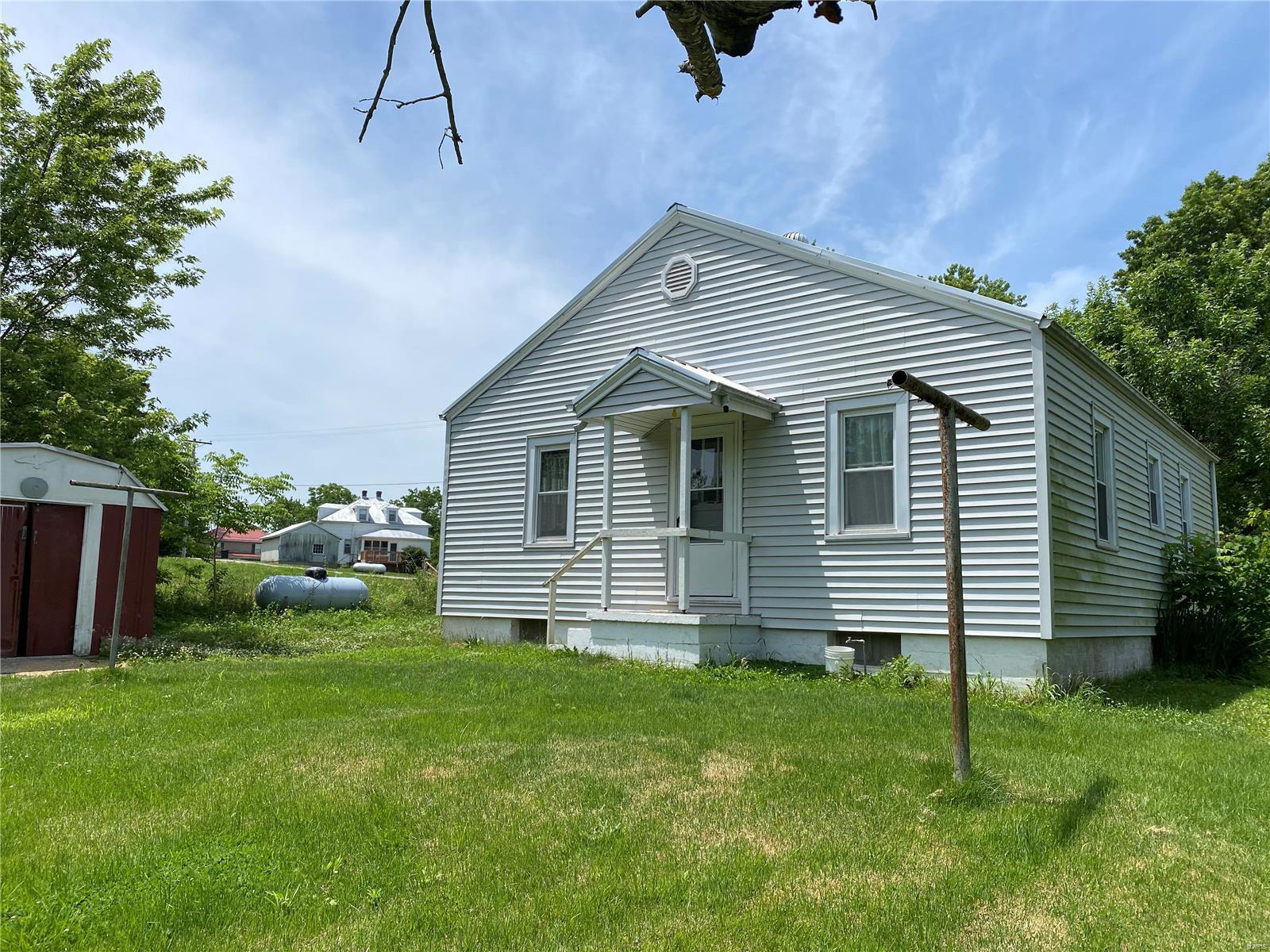 422 Pine Property Photo - Morrison, MO real estate listing
