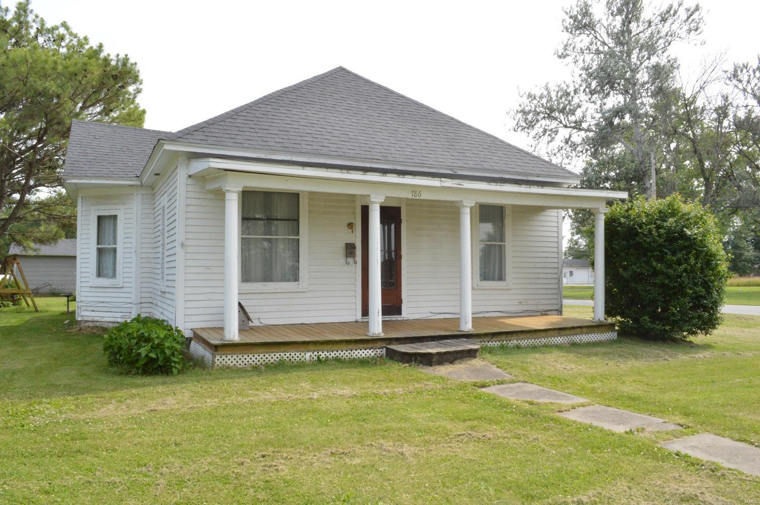 786 W Commercial Street Property Photo - Kahoka, MO real estate listing