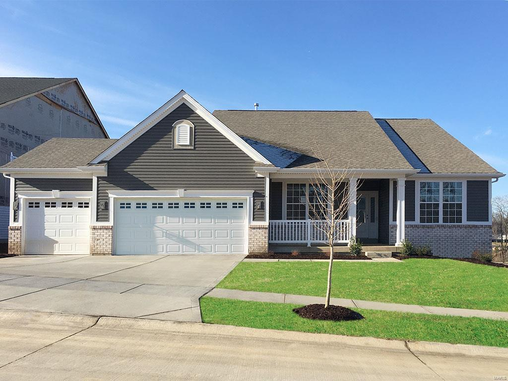 839 Nardin Drive Property Photo - Chesterfield, MO real estate listing