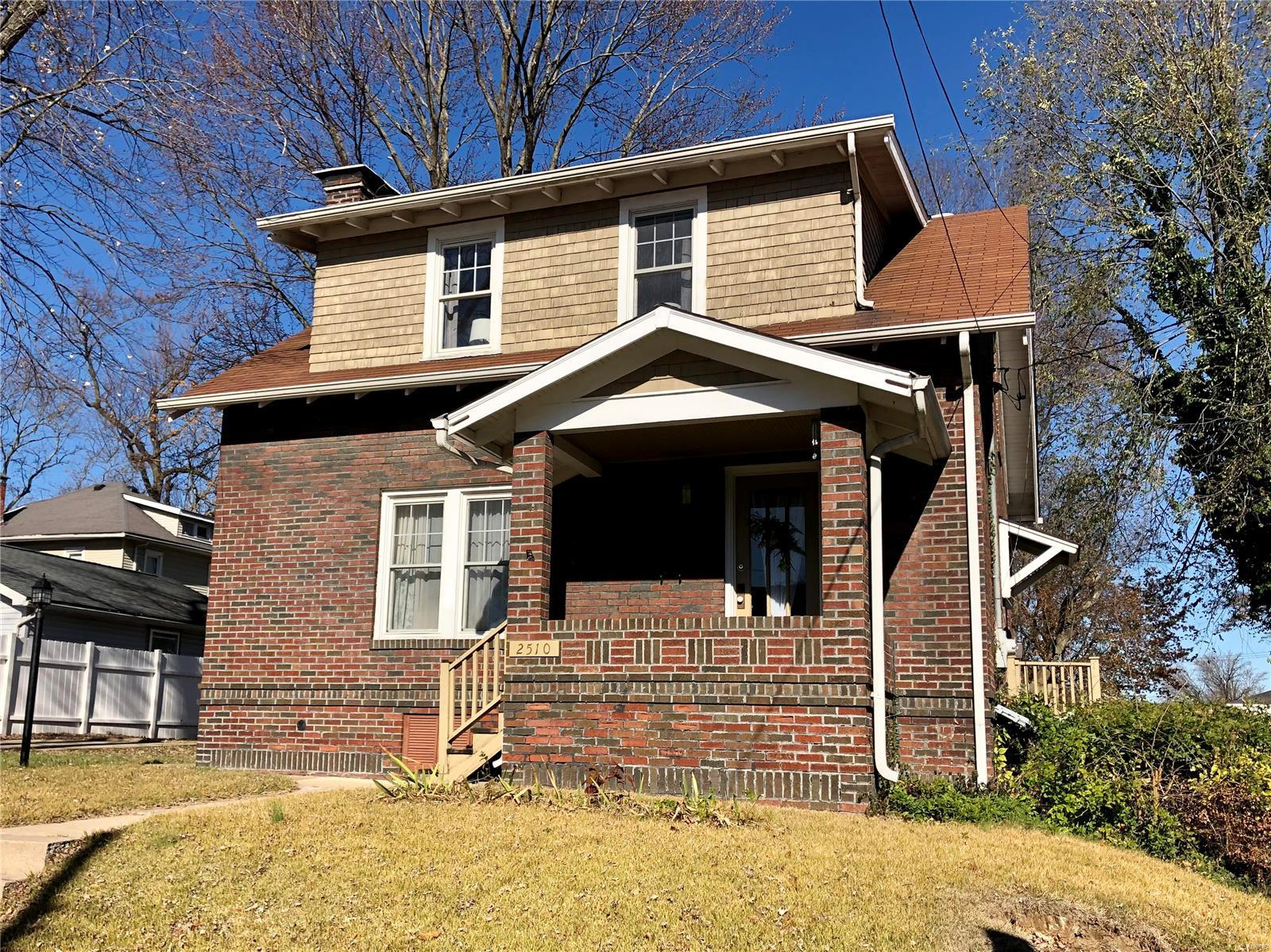 2510 Bloomfield Avenue Property Photo