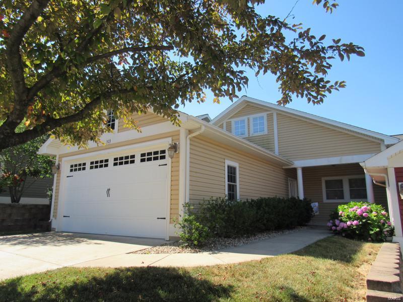 303 Captains Court #11 Property Photo - Grafton, IL real estate listing