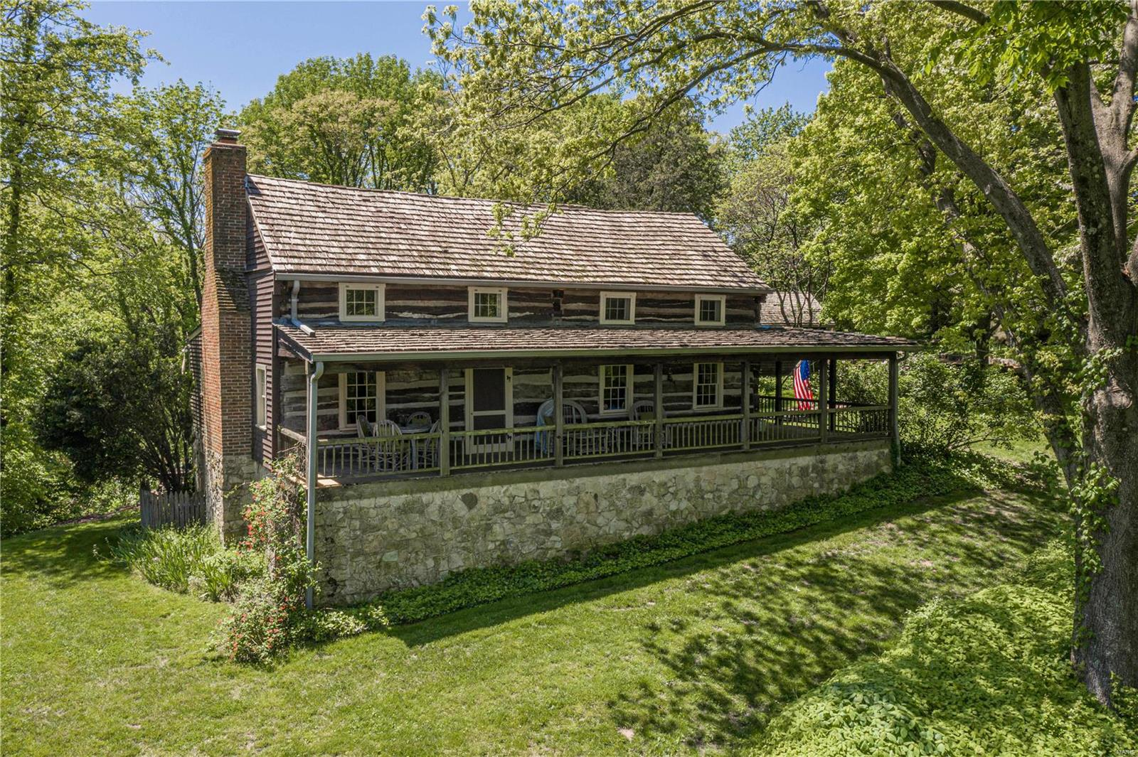 984 Charrette Lane Property Photo - Washington, MO real estate listing