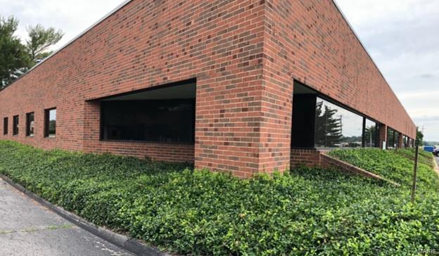 1761 Larkin Williams #1761 & 1781 Property Photo - Fenton, MO real estate listing
