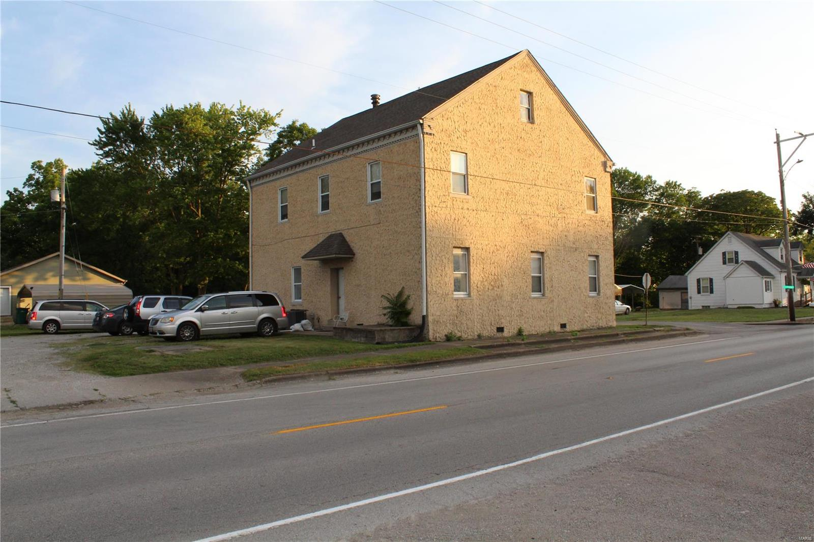 2003 S 2nd Street Property Photo - Fayetteville, IL real estate listing