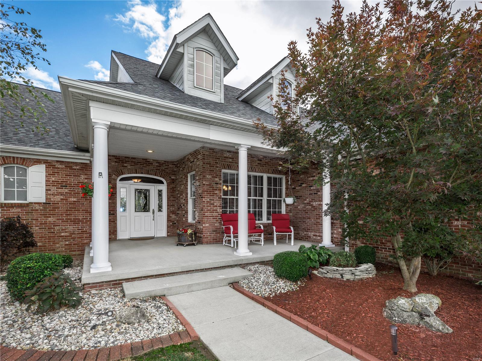 108 Verrazanno Property Photo - Highland, IL real estate listing
