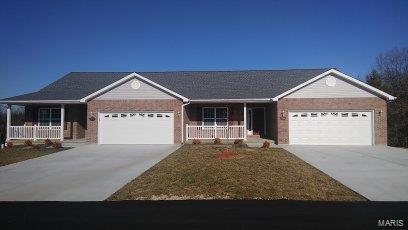 Black Oak Condominiums Real Estate Listings Main Image