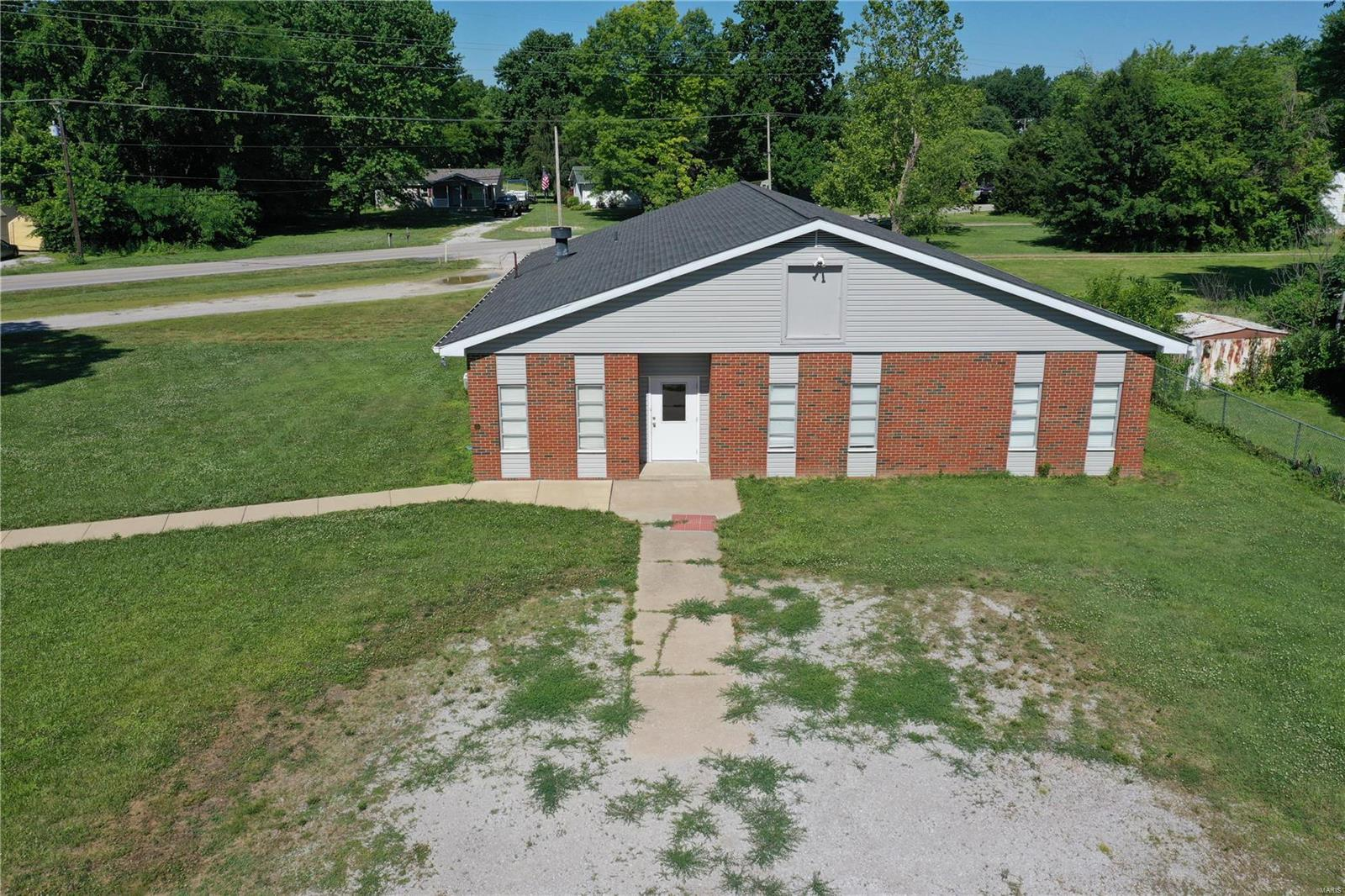 839 Hollywood Heights Road Property Photo