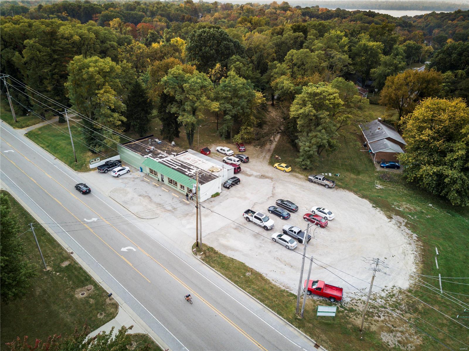 3015 W Delmar Avenue Property Photo - Godfrey, IL real estate listing