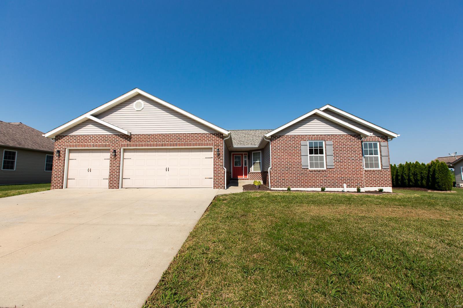 4543 Baywood Lane Property Photo - Smithton, IL real estate listing