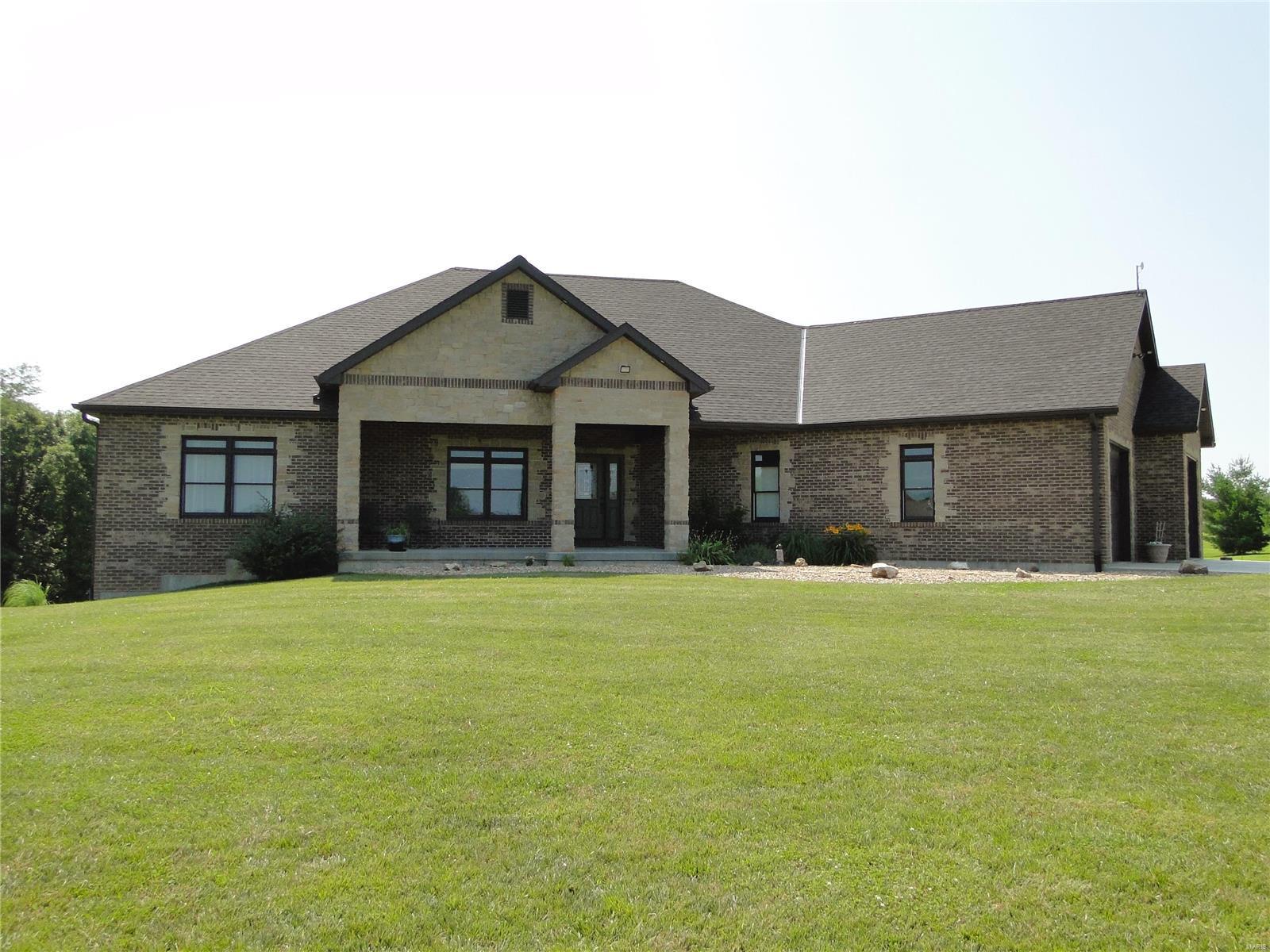 5489 Wood Ridge Property Photo