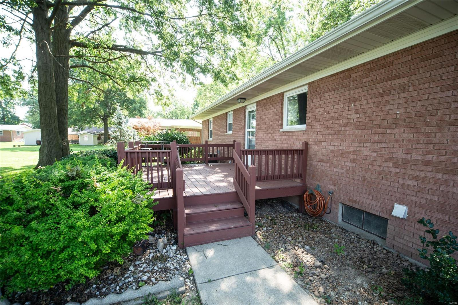 345 S 3rd Street Property Photo - Breese, IL real estate listing