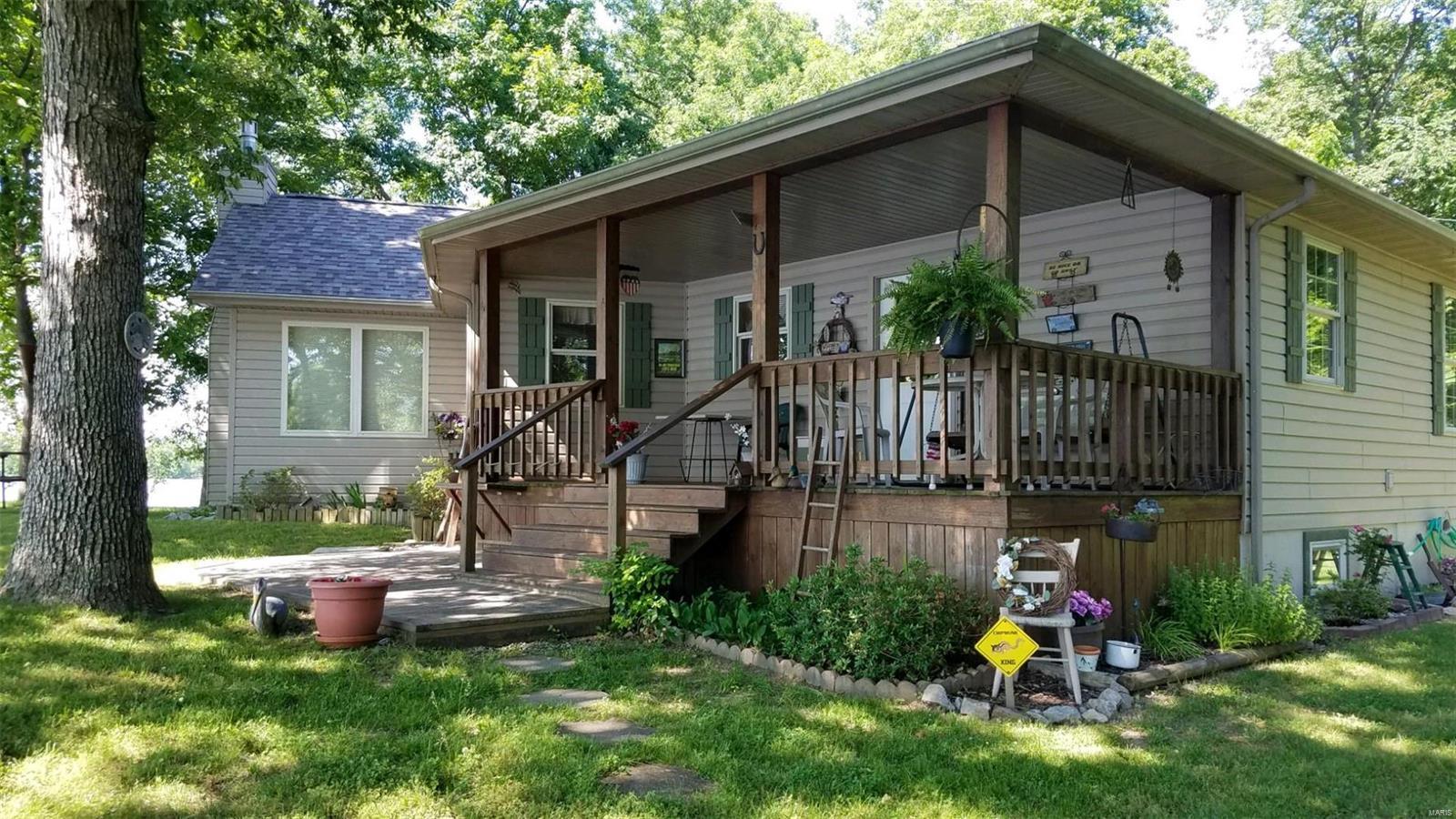 8260 Hickory Nut Holler Property Photo