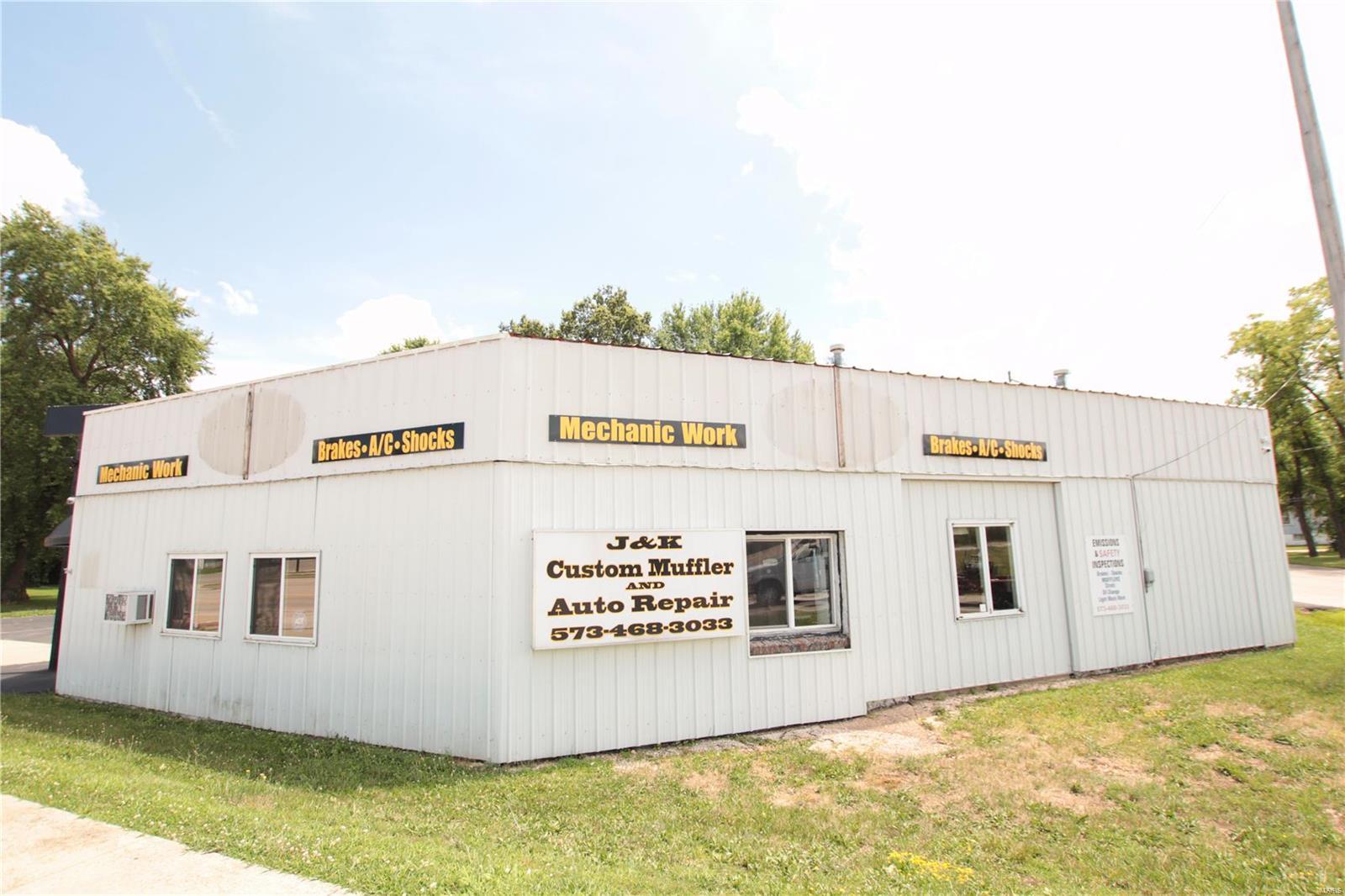 568 Elmont Road Property Photo - Sullivan, MO real estate listing