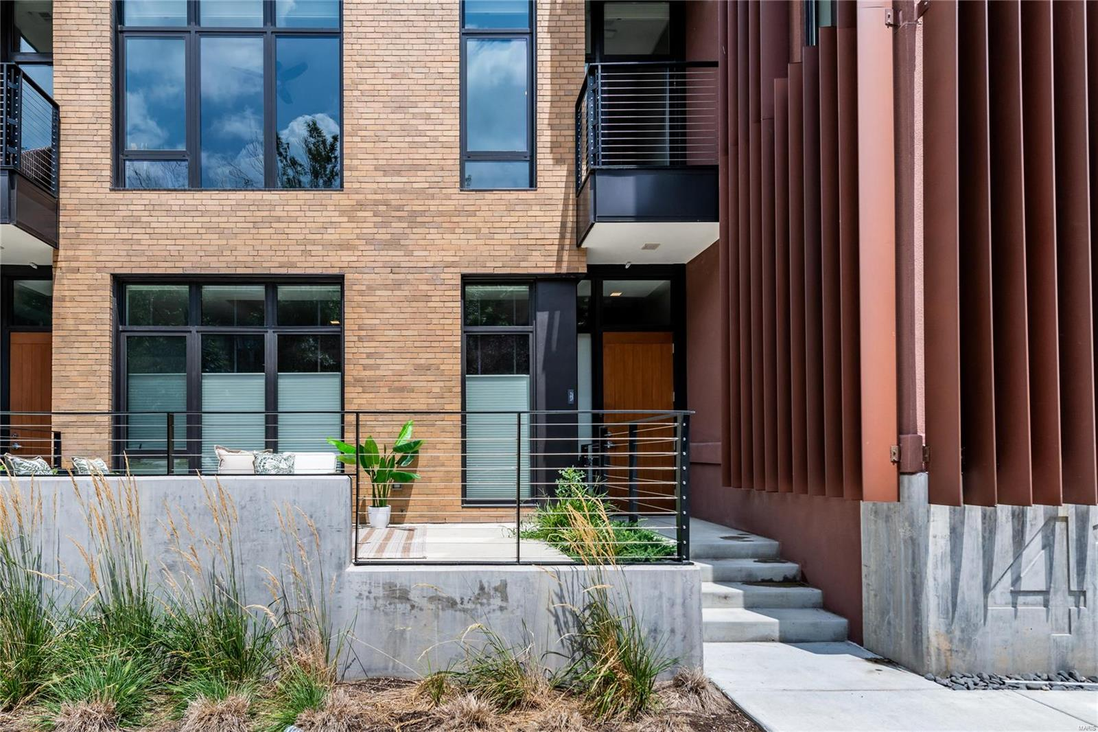 4101 Laclede Avenue #102 Property Photo - St Louis, MO real estate listing