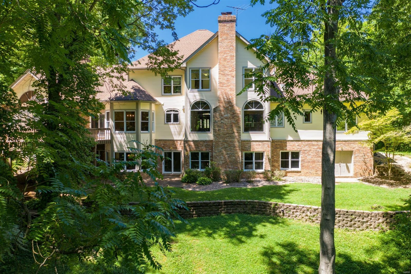 120 Timberwood Lane Property Photo - Collinsville, IL real estate listing