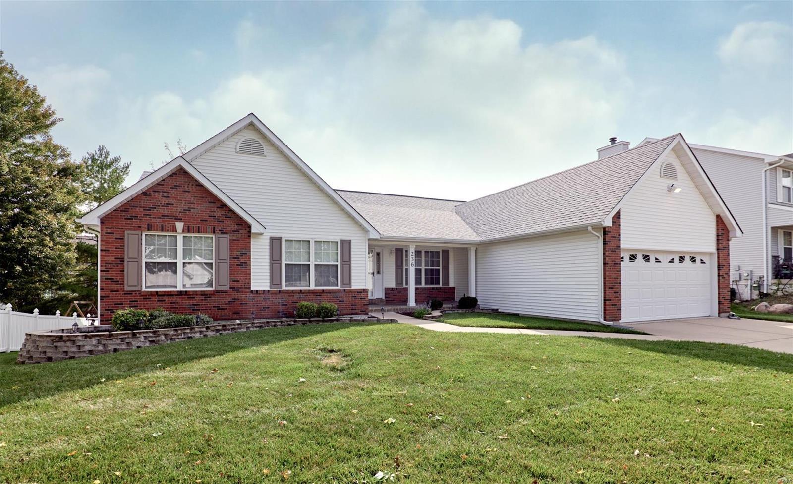 236 E Governor Place Property Photo
