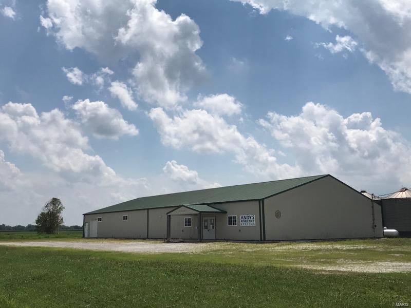 22987 Cherry Lane Property Photo - Jerseyville, IL real estate listing