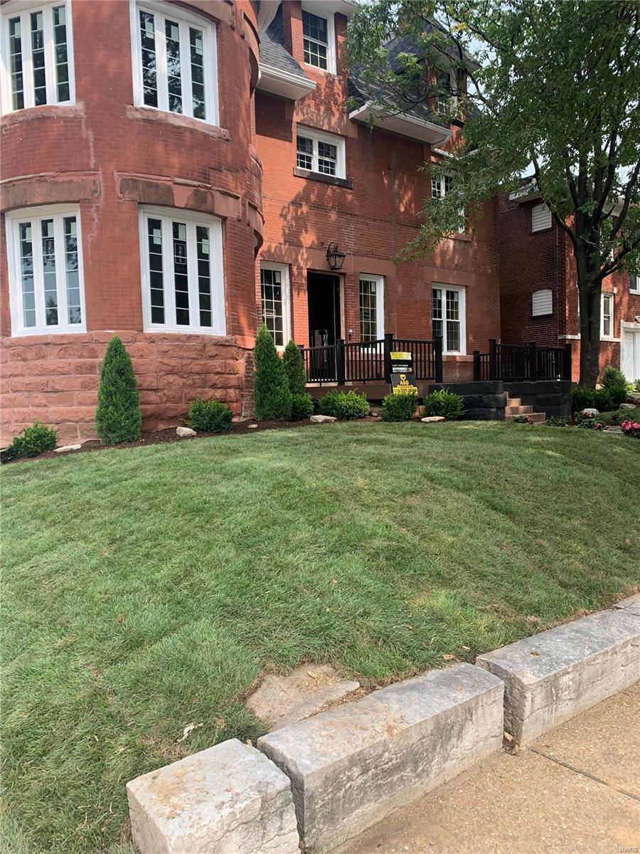 3259 Lafayette Avenue Property Photo
