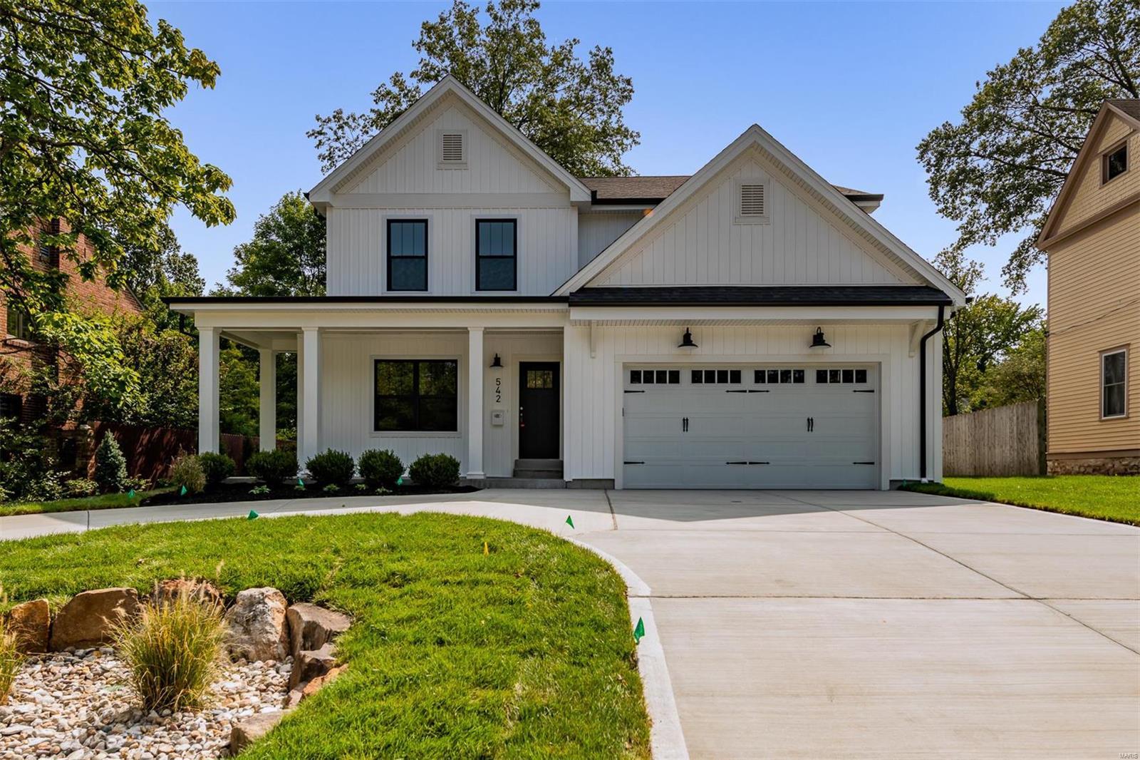 542 E Adams Property Photo