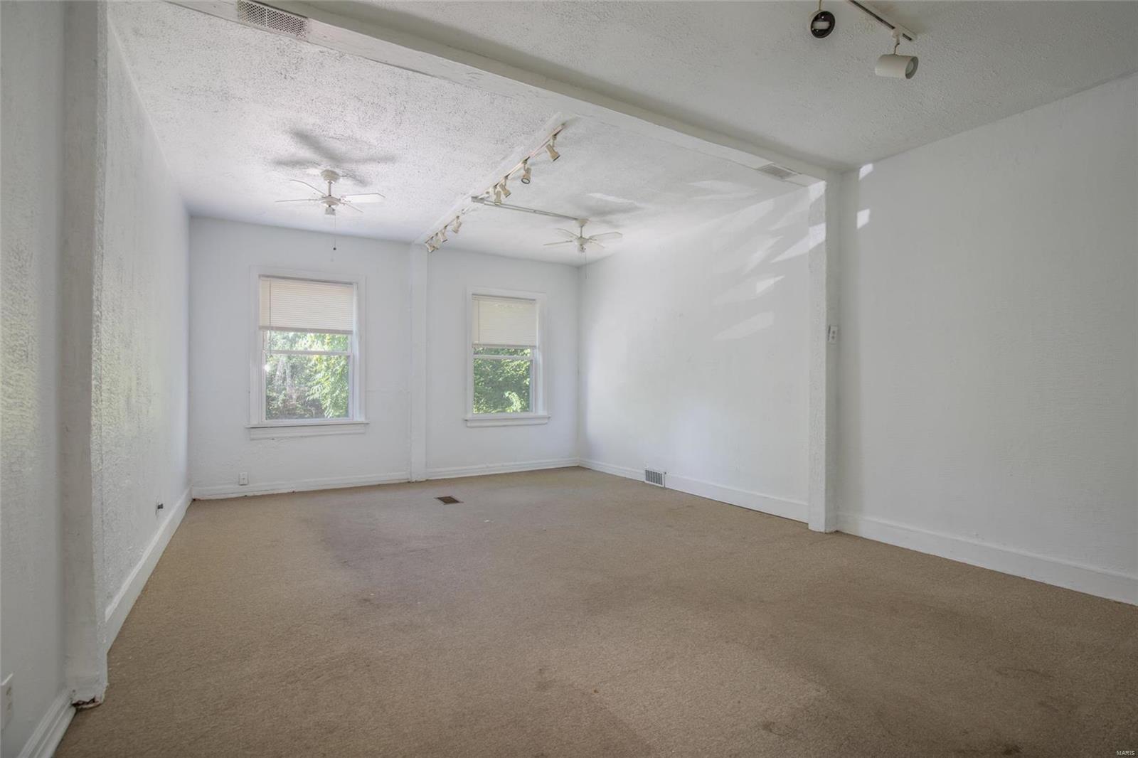 7510 Delmar Boulevard Property Photo