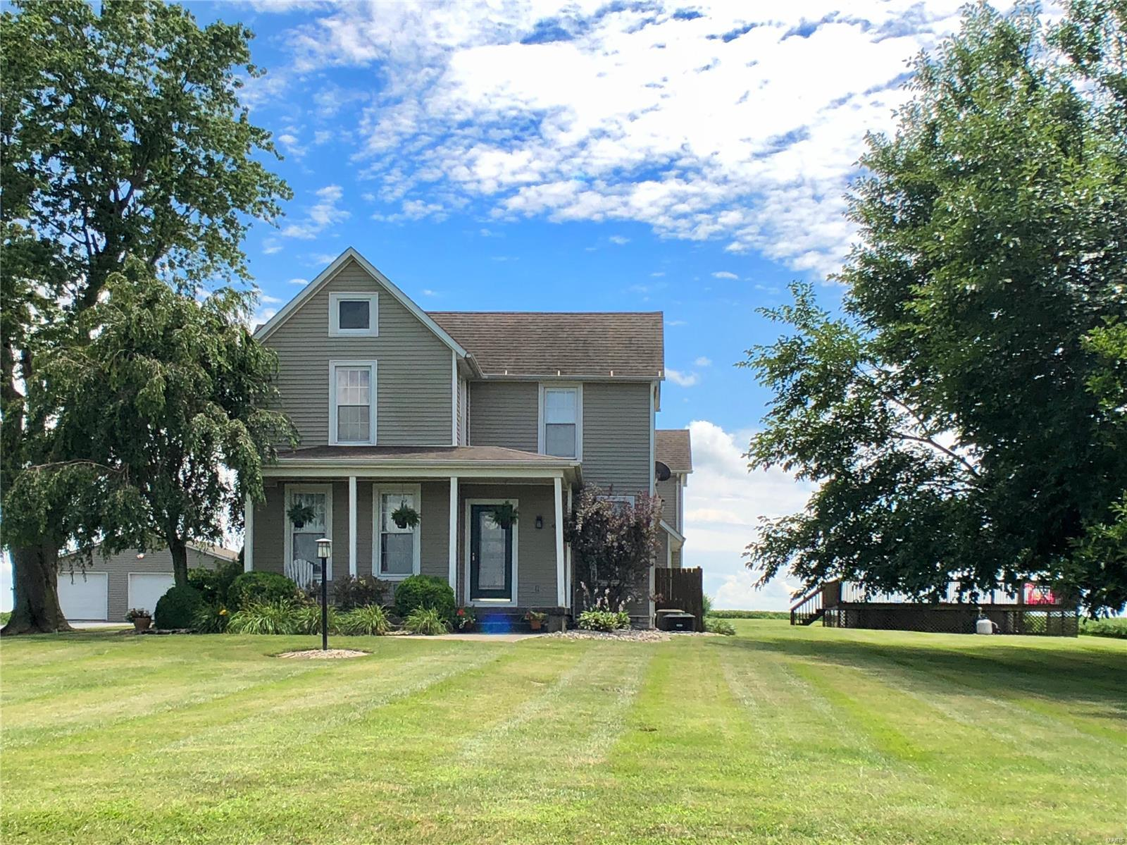 343 E Kane Road Property Photo - Kane, IL real estate listing