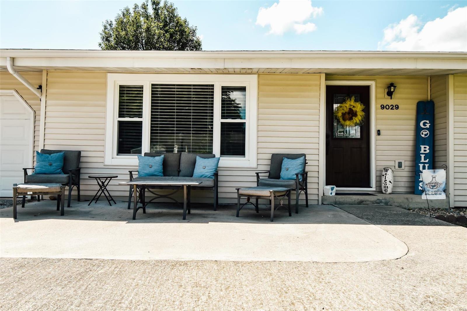 9029 Teal Street Property Photo - Nashville, IL real estate listing