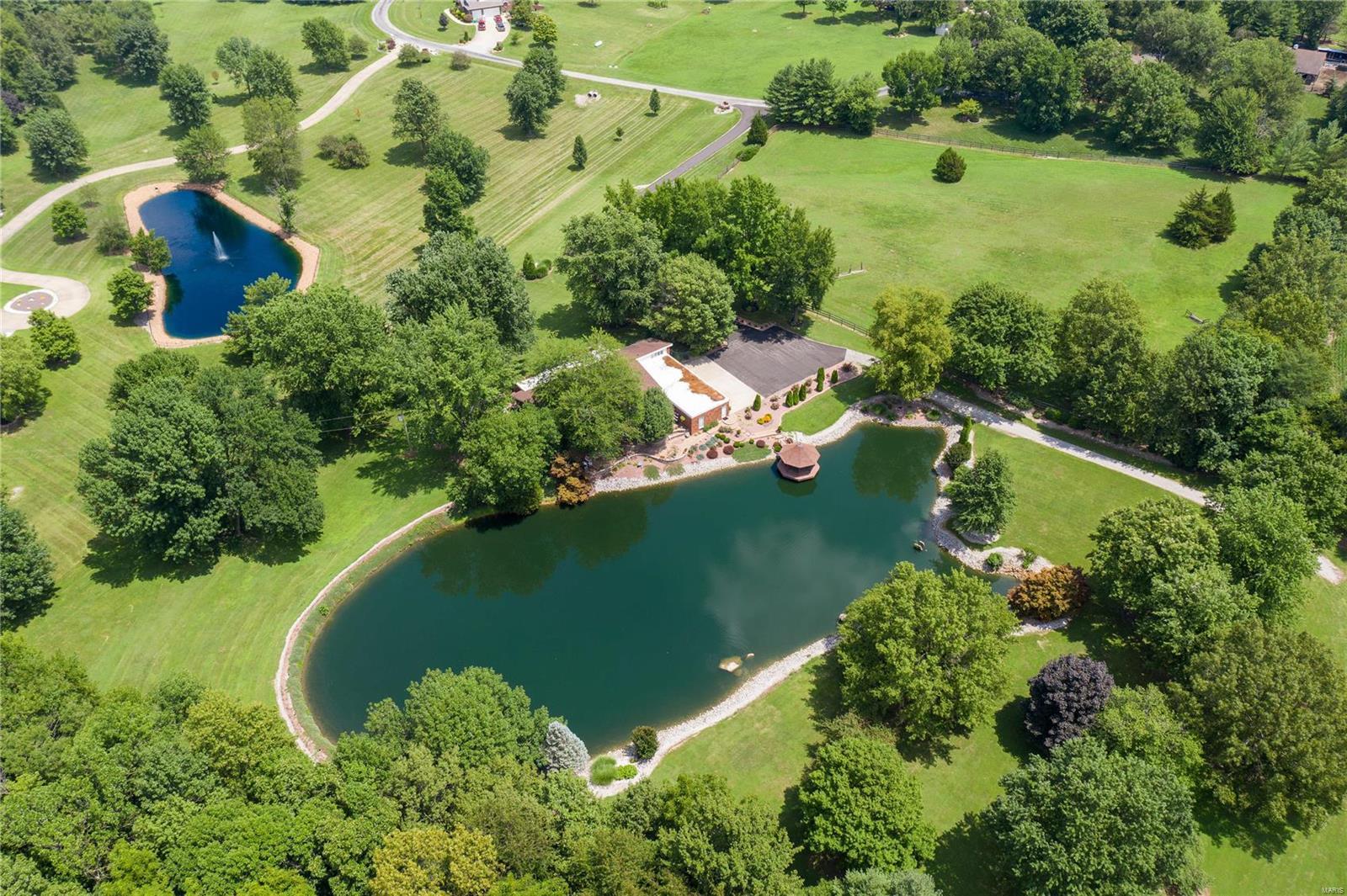 20 Windswept Drive Property Photo - Nashville, IL real estate listing
