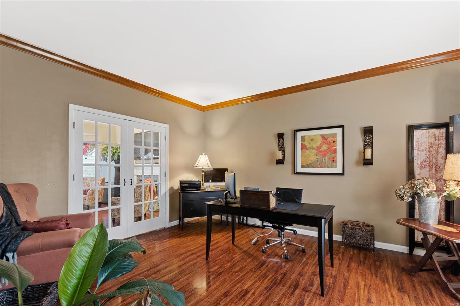 Artist Grove Real Estate Listings Main Image