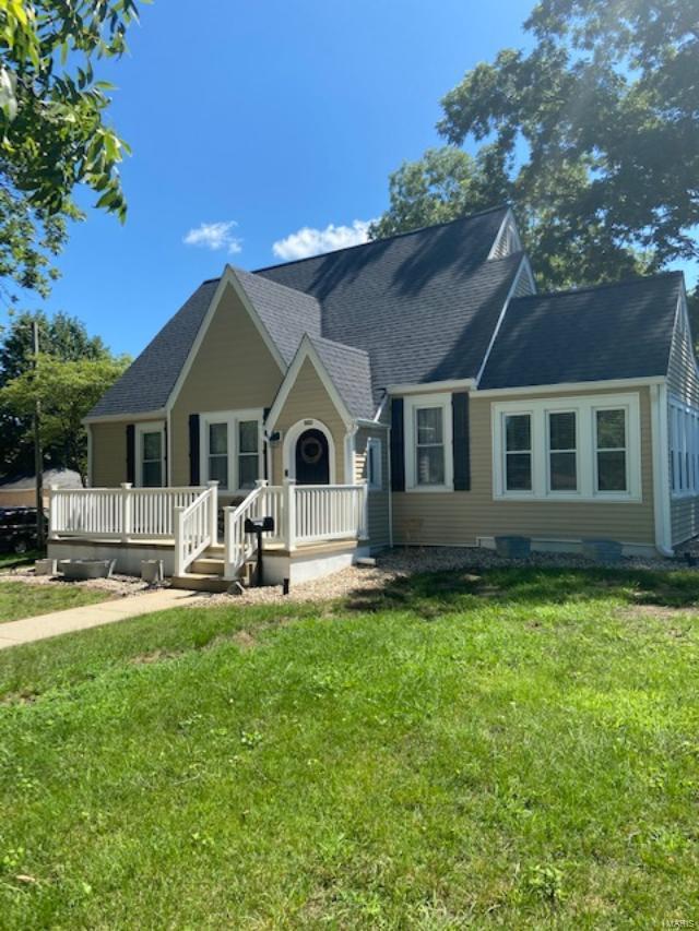920 S Mill Property Photo - Nashville, IL real estate listing