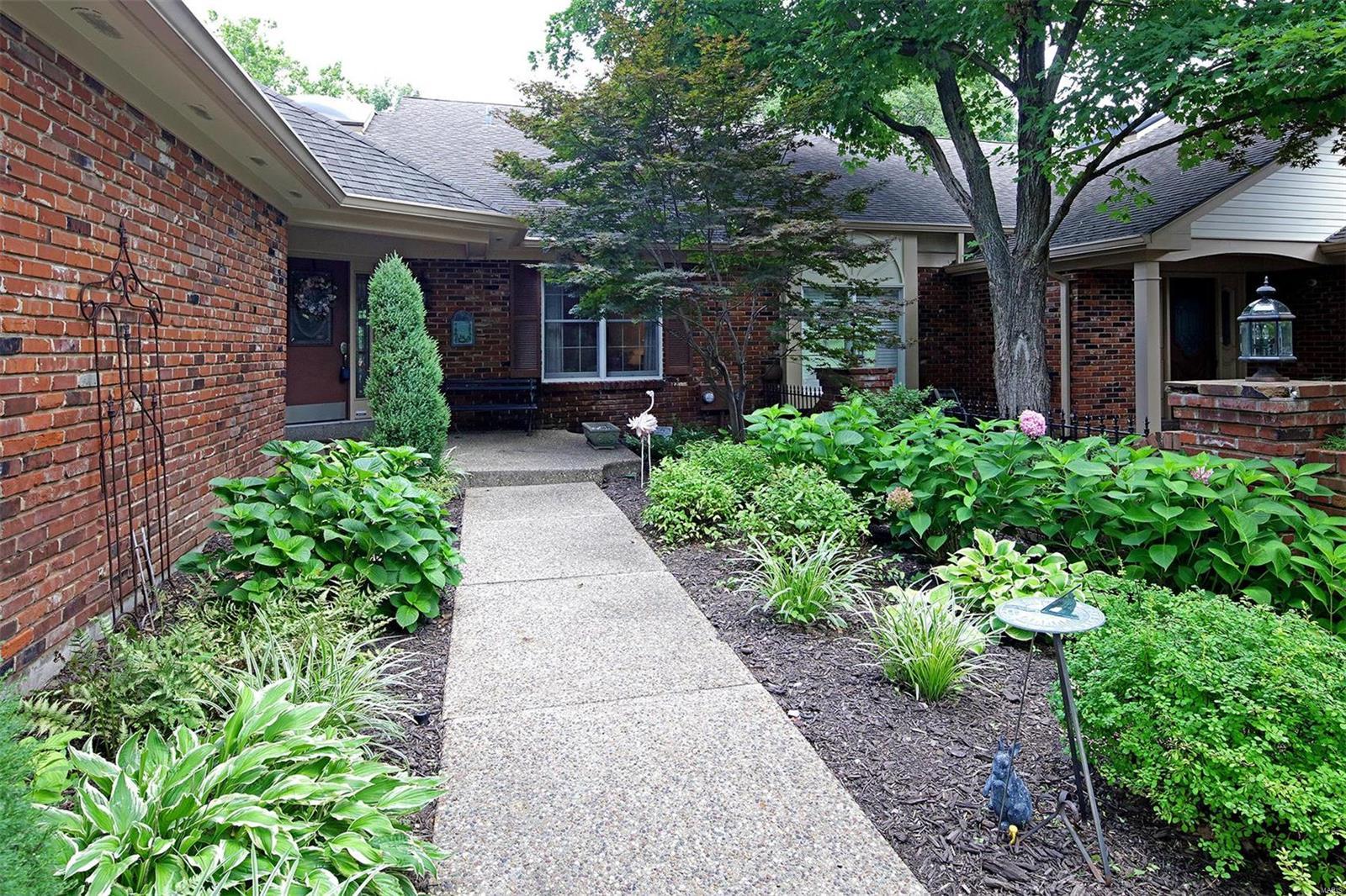 Baywood Villages Real Estate Listings Main Image