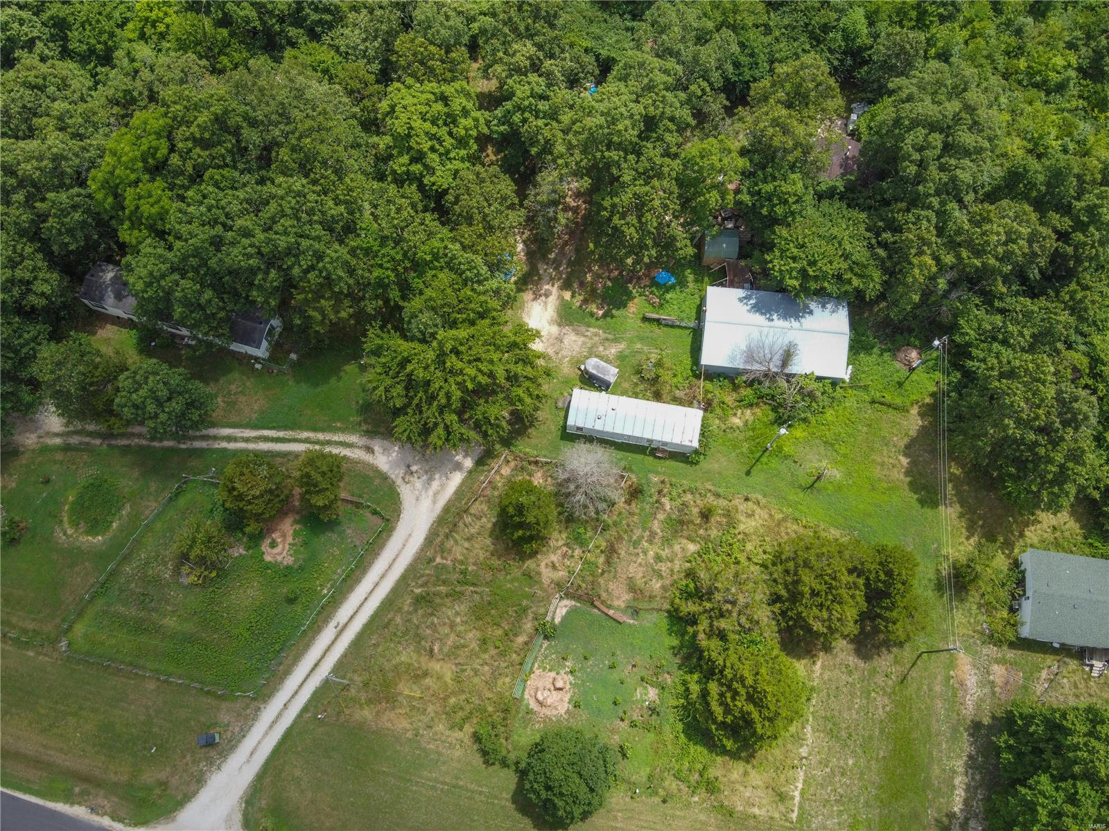 26320 Swindell Drive Property Photo - Richland, MO real estate listing
