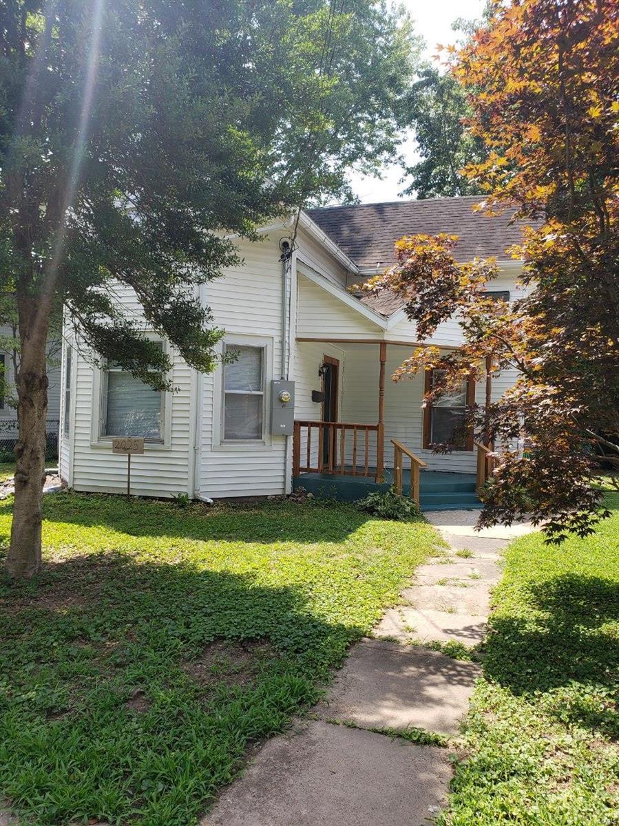 2025 Edith Street Property Photo - Murphysboro, IL real estate listing