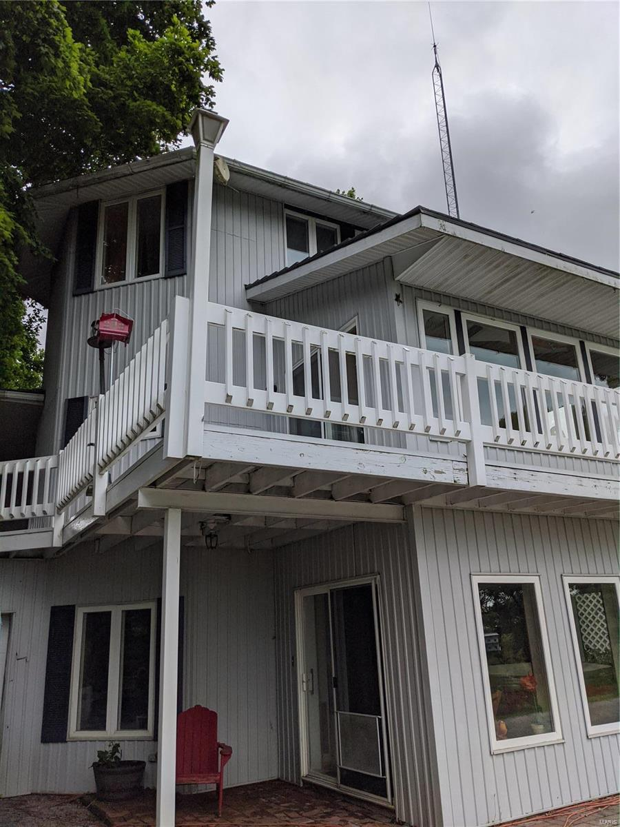 634 N 200 Street Property Photo - Vandalia, IL real estate listing